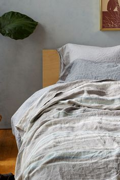 Organic Duvet Covers, King Size Comforters, Neutral Colors, Organic Cotton, Anthropologie, Blanket, Cool Stuff, Bedroom, Inspiration