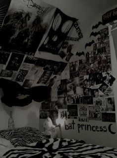 1000 images about dream bedroom on pinterest tumblr for Emo bedroom ideas