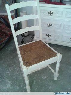 Landelijke stoelen met rieten zitting