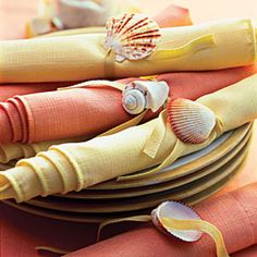 Decorate objects with beautiful shells | Create simple napkin rings | AllYou.com