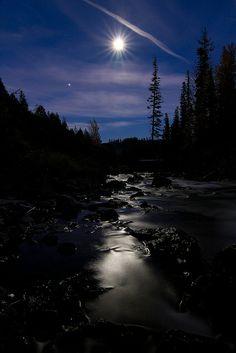 Moon Aura - Oregon