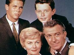 Favorite TV Shows from the 50's and 60's? - Free Chat, Dating Forums - Mingle2.com