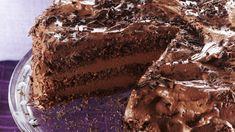 Suklaaunelmatäytekakku on täytekakku täynnä silkkaa suklaata! Täytteeseen voit lisätä konjakkia tai sitruunamehua makusi mukaan. Tiramisu, Food And Drink, Baking, Ethnic Recipes, Desserts, Cakes, Chocolate Easter Eggs, Tailgate Desserts, Deserts