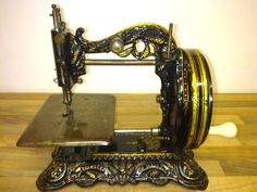 """❤✄◡ً✄❤ Princess of Wales"""" Sewing Machine (Serial No. 1880 Newton Wilson's largest selling lockstitch model during the Fantastic looking machine, the original decals are very visible. Sewing Box, Love Sewing, Sewing Tools, Treadle Sewing Machines, Antique Sewing Machines, Antique Toys, Or Antique, Sewing Machine History, Quilting Quotes"""