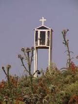 Afbeeldingsresultaat voor roadside shrines greece