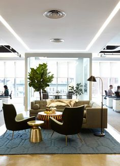 Take a Look at 1stdibs' Stunning New Office