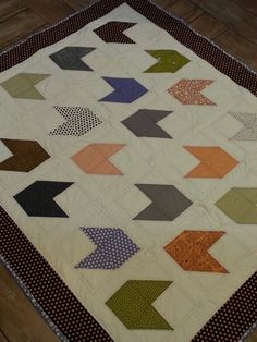 Another Moda 'Boo Crew' Halloween Arrow Quilt.