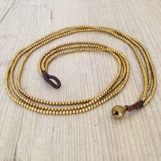 Golden Brass Necklace Bohemian Chic by PiscesAndFishes, Necklace length : / 45 cm approx. Brass Necklace, Seed Bead Necklace, Brass Jewelry, Dainty Jewelry, Simple Necklace, Strand Necklace, Necklace Lengths, Jewelry Box, Jewelery