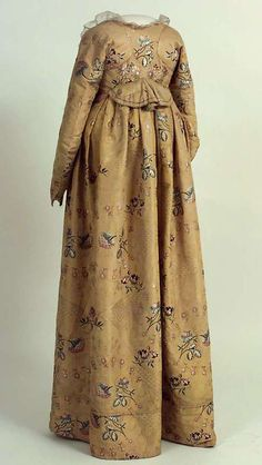 Digitalt Museum - Kjole The silk is dated 1750's, but I believe the dress is probably 1790's?