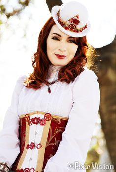 This is a nice shot of her Felicia Day in a Steampunk Codex costume Style Steampunk, Steampunk Cosplay, Steampunk Wedding, Steampunk Clothing, Steampunk Fashion, Victorian Fashion, Steampunk Dress, Neo Victorian, Felicia Day