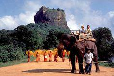 Sigiriya, the Lion Rock citadel,Sri Lanka - The Royal Citadel of King Kasyapa AD) A world heritage Site Sri Lanka, Tourism Marketing, Island Nations, Going On Holiday, Ways To Travel, India Travel, World Heritage Sites, Wonders Of The World, Traveling By Yourself