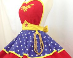 By the Goddess, Wonder Woman, this is a whole new level of girl power! Wonder Woman matches power an Hero Crafts, Diy Crafts, Wonder Woman Logo, Cute Aprons, Retro Apron, Super Hero Costumes, Costumes For Women, Clothing Patterns, Pin Up