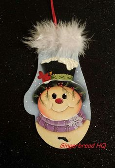 Found on Bing from www.pinterest.com Painted Christmas Ornaments, Hand Painted Ornaments, Snowman Ornaments, Snowmen, Paint Patterns, Tole Painting Patterns, Christmas Images, Christmas Ideas, Christmas Decorations