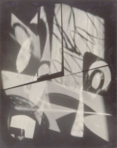 Jaromir Funke - Composition, c1927. Shadow Photography, Object Photography, Experimental Photography, Abstract Photography, Old Hands, Still Life, Photo Art, Composition, Retro