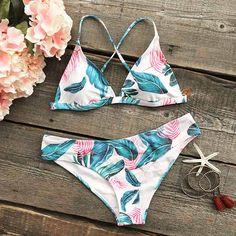 Cupshe Colorful Leaves Bikini Set