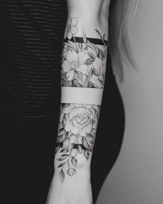 Trendy Tattoos, Sexy Tattoos, Tattoos For Guys, Sleeve Tattoos, Tattoos For Women, Cool Tattoos, Tattoo Women, Tattos, Tattoo Arm Designs