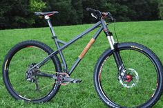 2 Souls Cycles All Mountain Hardtail + Video