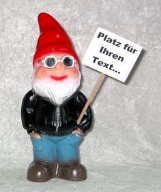Der Gartenzwerg mit Schild ist ein schönes persönliches Geschenk. Gartenzwerge zeigen ihre Meinung auf dem Schild... www.zwergen-power.com