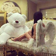 I want those wings and the teddy bear lmaoo Sugar Baby, Rich Girls, Big Teddy Bear, Giant Teddy, Cute Bear, Sexy Girl, Poses, Thing 1, My Daddy
