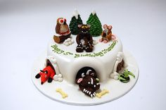 Super cute and BOUND to be super popular! The Gruffalo Child Cake (with all of his friends! Gruffalo Party, The Gruffalo, Gruffalo's Child, Big Cakes, 5th Birthday, Birthday Cakes, Just Amazing, Food For Thought, Amazing Cakes