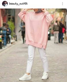 Pakistani Fashion Casual, Modern Hijab Fashion, Hijab Fashion Inspiration, Islamic Fashion, Muslim Fashion, Mode Inspiration, Casual Hijab Outfit, Hijab Chic, Casual Outfits