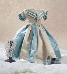 View Catalog Item - Theriault's Antique Doll Auctions: