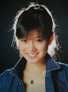 Akina Nakamori (singer) 中森明菜 8.17 Portrait Art, Portrait Photography, Asian Woman, Asian Girl, Cute Girls, Cool Girl, Mystic Girls, Pop Idol, Beautiful Person