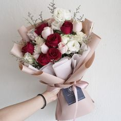 Image Shows, Flower Pots, Floral Arrangements, Floral Wreath, Rose, Ulzzang, Gifts, Pictures, Wedding