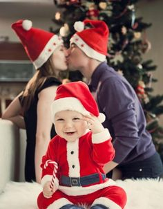 I saw Mommy kissing Santa Claus`