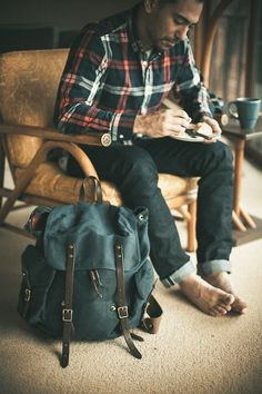 Men's Fashion – How to Nail Office wear – Designer Fashion Tips Dapper Gentleman, Gentleman Style, Outdoorsy Style, Looks Style, My Style, Denim Ideas, Rugged Style, Fashion Updates, Mens Suits