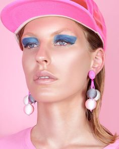 "650 Likes, 10 Comments - CANDYFORNIA STUDIO (@candyforniastudio) on Instagram: ""80s Cali girl vibes‍ Ft.@label_queen #earrings  #candyforniastudio #photoshoots #80smakeup…"""