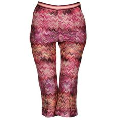 Preowned Missoni Cropped Zigzag Knit Capri Pants ($479) ❤ liked on Polyvore featuring pants, capris, pink, red capris, knit crop pants, pink pants, pink capri pants and red trousers