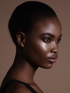black women beautiful in death Dark Skin Girls, Dark Skin Tone, Face Profile, Profile Drawing, Face Photography, Hair Reference, Black Girl Aesthetic, Black Girl Fashion, Fashion Women