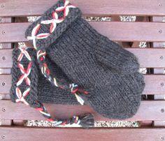 Mittens Swedish Lovikka mittens traditional by JezebelAdrian