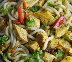 Pierś kurczaka faszerowana mozzarellą - kuchniabazylii.pl - blog kulinarny Quesadilla, Kung Pao Chicken, Pasta Salad, Chili, Rice, Yummy Food, Vegetables, Ethnic Recipes, Impreza