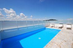 Piscina panoramica Hotel Figaro