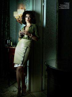 Carolyn Murphy | Mario Testino | V Magazine Fall 2011 | As ElizabethTaylor - 3 Sensual Fashion Editorials | Art Exhibits - Anne of Carversville Women's News