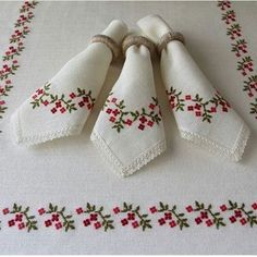 Baby Bonnet Pattern, Cross Stitch Kitchen, Counted Cross Stitch Kits, Cross Stitches, Rose Embroidery, Bargello, Cross Stitch Flowers, Needlework, Knitting