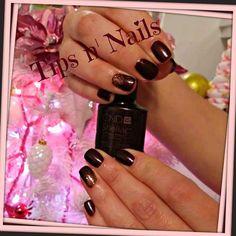 Manicure Shellac & Glittered Nail Design