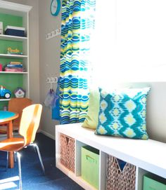 To create a window bench for reading and additional storage, an Ikea Expedit bookcase was placed horizontally