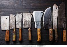 Vintage Butcher Meat Cleavers On Dark: стоковые изображения в HD и миллионы других стоковых фотографий, иллюстраций и векторных изображений без лицензионных платежей в коллекции Shutterstock. Ежедневно добавляются тысячи новых высококачественных фотографий. Cool Knives, Knives And Swords, Kitchen Cutlery, Kitchen Knives, Pocket Knife Brands, Knife Template, Cleaver Knife, Hand Forged Knife, Butcher Knife