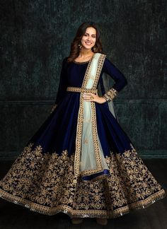 Anarkali Suits - Shop Designer Anarkali Dress Online – Page 4 – Lashkaraa Bridal Outfits, Dress Outfits, Fashion Dresses, Dress Shoes, Shoes Heels, Frock Design, Lehenga Designs, Indian Gowns Dresses, Pakistani Dresses