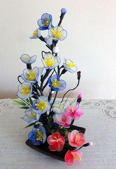 Arrangement de fleurs à la main en Nylon