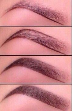 Steps on how to draw beautiful eyebrows . Instagram : @kellyforeverkel