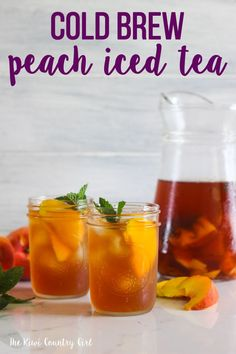 he perfect refreshing summer drink - my cold brew peach iced tea recipe! 5 minutes prep and just leave it to brew for a few hours. #thekiwicountrygirl #peach #icedtea #summer #drinks #southernrecipe #easyrecipe