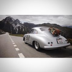 Dream holiday in the old school porker Porsche 356 Outlaw, Porsche 356 Speedster, Porsche 356a, Porsche Cars, Cool Sports Cars, Cool Cars, Royce Car, Automobile, Ferdinand Porsche