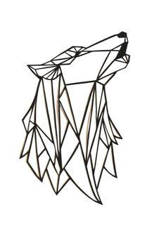 Tête d'un loup hurlant géométrique coupe de papier noir. Ce découpage est un design original et un travail fait à la main, pas une copie de lazer-coupe. Ce découpage est idéal pour l'affichage dans un cadre. Le découpage est 7x5.5in, ce qui est idéal pour un cadre 8 x 10. Il n'est pas