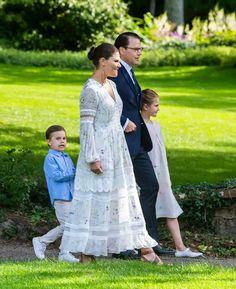 Princess Victoria Of Sweden, Crown Princess Victoria, Queen Maxima, Queen Letizia, Prince And Princess, Princess Diana, Kate And Meghan, Swedish Royalty, Prince Daniel