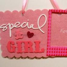 """Targa """"Special GIRL"""" in feltro e gomma crepla"""