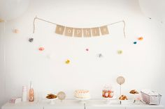 Burlap birthday banner. White and color party. Sweet and simple. #girl #birthday